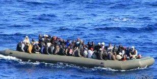 Ölümden kurtarılan 157 göçmen Çeşme'ye getirildi