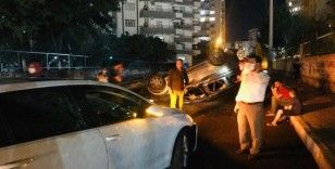 Otomobiller kavşakta çarpıştı: 5 yaralı