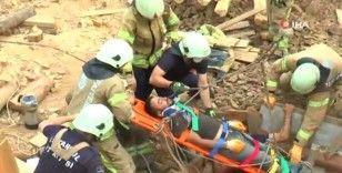Çalıştığı 10 metrelik çukurda bayılan işçiyi itfaiye ekipleri kurtardı