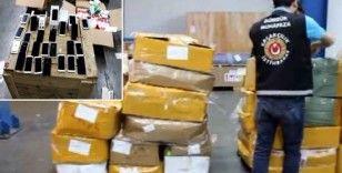 Gümrükte 20 adet kaçak cep telefonu ele geçirildi