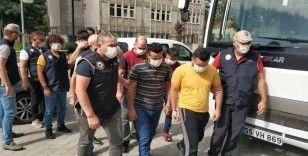DEAŞ'tan gözaltına alınan 6 yabancı uyruklunun gözaltı süresi uzatıldı