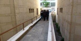 Bursa'da gözaltına alınan 5 DEAŞ şüphelisi adliyede