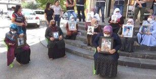 HDP önündeki ailelerin evlat nöbeti 376'ncı gününde