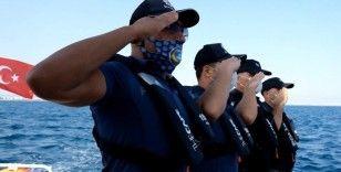 Antalya polisinden Oruç Reis'e anlamlı selam