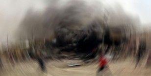Irak'ta koalisyon güçlerinin malzemelerini taşıyan tıra bombalı saldırı