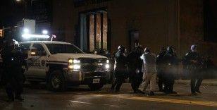ABD'de siyahi Amerikalının gözaltına alınırken ölümü nedeniyle polis şefi kovuldu