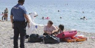 Antalya'da karantinada olması gereken kadın Konyaaltı sahilinde yakalandı