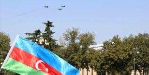 Türk F-16'ları Bakü'nün Ermeni ve Bolşevik çetelerinden kurtuluşunun yıl dönümünde Gence'de uçuş gerçekleştirdi