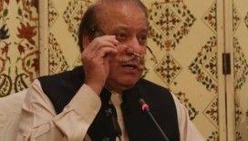 Pakistan'da eski başbakan için tutuklama emri