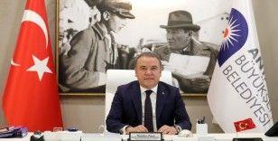 Muhittin Böcek 'En çok beğenilen belediye başkanı' seçildi