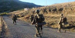 Yüksekova kırsalında silah ve mühimmat ele geçirildi