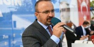 'Fransa Cumhurbaşkanına Türkçe tweet attıran adamın adı Recep Tayyip Erdoğan'dır'