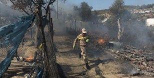 Midilli'deki Moria kampında tekrar yangın çıktı