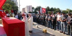 Şehit polis memuru Onur Küçük son yolculuğuna uğurlandı