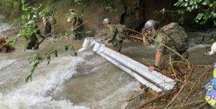 Japonya'da tropikal fırtına alarmı