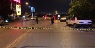 Sokak ortasında amca ile yeğenine silahlı saldırı: 2 yaralı