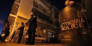 Yunanistan'da terör örgütü DHKP-C yanlıları polisle çatıştı