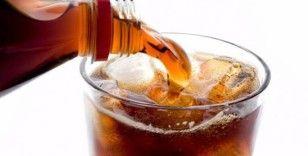 Gazlı içecekler kadınlarda kemik erimesine neden oluyor
