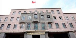 MSB: Barış Pınarı bölgesine taciz ateşi açan 2 PKK/YPG'li terörist etkisiz hale getirildi