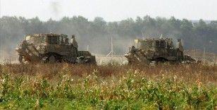 İsrail güçleri Gazze sınırındaki tarım arazilerine buldozerlerle zarar verdi