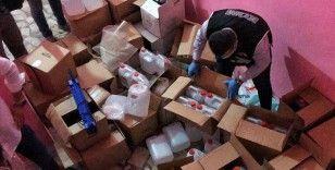 Mersin'de sahte içkiye karşı 'Yıldırım' operasyonu: 700 litre etil alkol ele geçirildi, 4 kişi gözaltına alındı