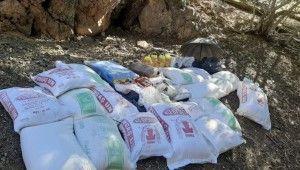 Tunceli'de 5 sığınak imha edildi, 2,5 ton malzeme ele geçirildi