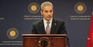 """Dışişleri Bakanı Aksoy'dan """"Yunan bakanın uçağı bekletildi"""" iddialarına yanıt"""