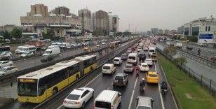 İstanbul yavaşladı, trafikte zaman kaybı aylık 6 gün