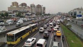 İstanbul'da hafta içi yolculuk yüzde 11 arttı