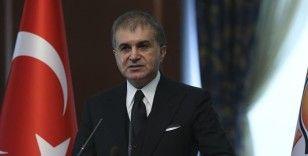 AK Parti Sözcüsü Çelik: Camiye baskın yaparak, saygısız şekilde içinde dolaşmak insan haklarının ihlalidir