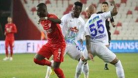 Süper Lig: Sivasspor: 0 - Çaykur Rizespor: 1 (İlk yarı)