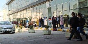 Bursa'da metrelerce Covid 19 kuyruğu