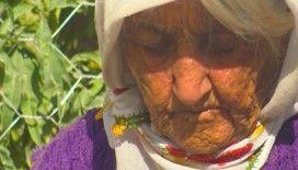 Madende oğlunu, Covid-19'dan eşini kaybeden Ayşe Gökçe: 'Gittiler hep, beni götürmediler'