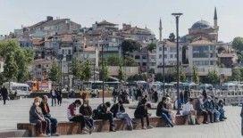 Bilim Kurulu üyesi Öztürk: Şu an İstanbul, 4-5 kişiden fazlasının oturup bir yerde yemek yemesine uygun değil