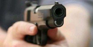 Silahla başına ateş eden şahıs kurtarılamadı