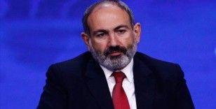 Ermenistan'daki muhalif partiler Paşinyan'ın istifasını istedi