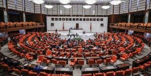 TBMM Genel Kurulu Atatürk'ün vefatının 82'nci yılı nedeniyle saygı duruşuyla açıldı