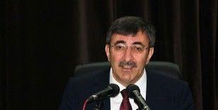 Meclis Plan ve Bütçe Komisyonu Başkanlığı'na Cevdet Yılmaz seçildi