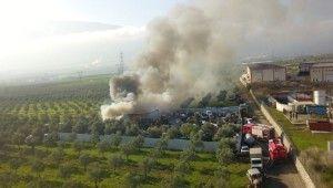 Bursa'da geri dönüşüm fabrikasında korkutan yangın