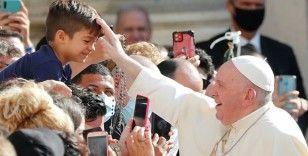 Papa, Roma'daki evsizlere ücretsiz koronavirüs testi sunuyor