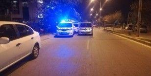İzmir'de otel otoparkında kanlı gece: Önce eski eşinin arkadaşını vurdu, ardından intihar etti