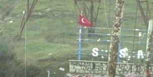 Karabağ'da gözlem noktasında Türk Bayrağı