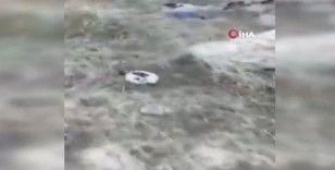 Dağlık Karabağ'dan ayrılan Ermeniler ölülerini mezarlarından çıkarıp yanlarına alıyor