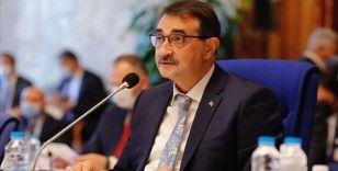 Bakan Dönmez'den 'Trans Adriyatik Doğal Gaz Boru Hattı hayırlı olsun' mesajı