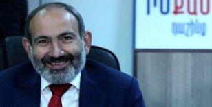 Paşinyan Dışişleri Bakanını görevden aldı