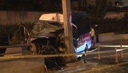 Ankara'da dolmuş yön direğine çarptı