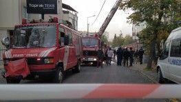 Bağcılar'da baskı atölyesindeki yangın korkuttu