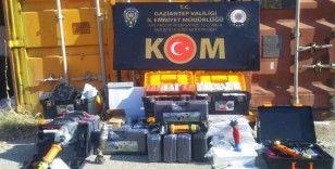 Faturasız elektronik cihaz satan kişilere operasyon