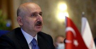 'İstanbul için bir şeyler yapmak isteyenler, belediyenin raflarındaki dosyaları aşağı indirmeleri yeterli'