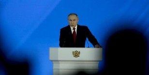 Putin: Kovid-19 nedeniyle 10 milyonlarca insan yoksulluk tehlikesi yaşıyor